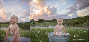 Outdoor Bubble Bath One Year Photos | Spokane Photographer