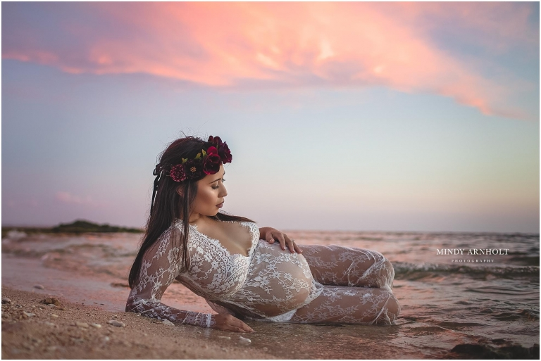 Beach Maternity Session | Mindy Arnholt Photography | Spokane Maternity Photographer